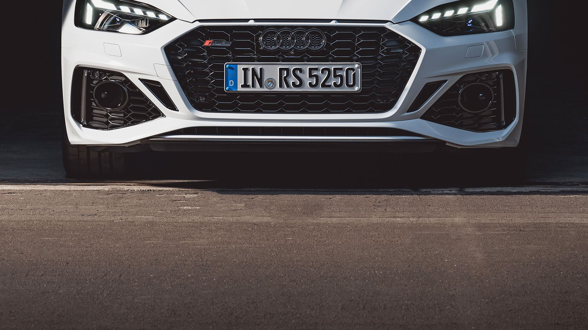 Front view Audi RS 5 Sportback